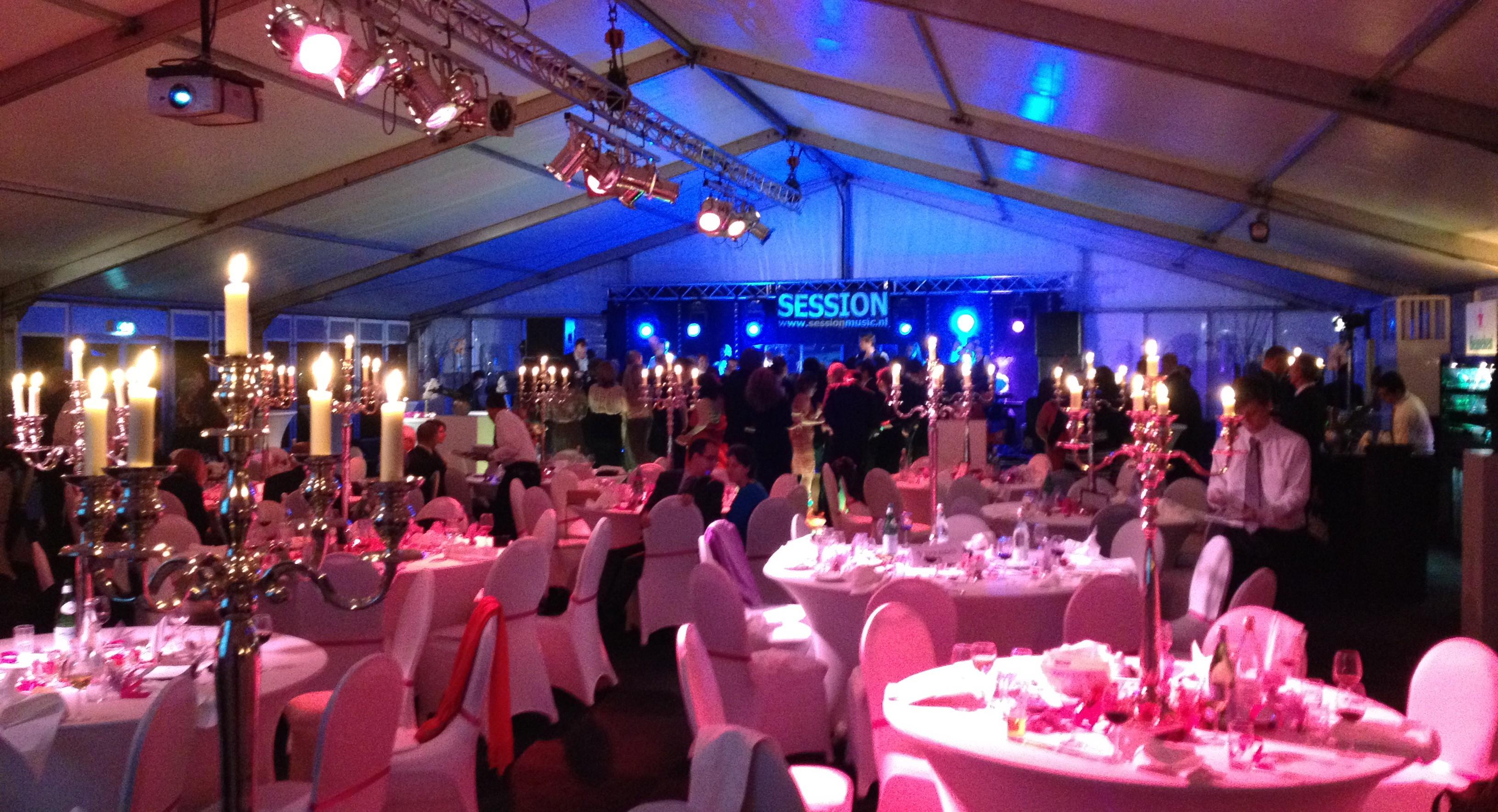 Bruiloft in tent accommodatie jarili bv woning verhuur for Helmers accommodatie en interieur bv